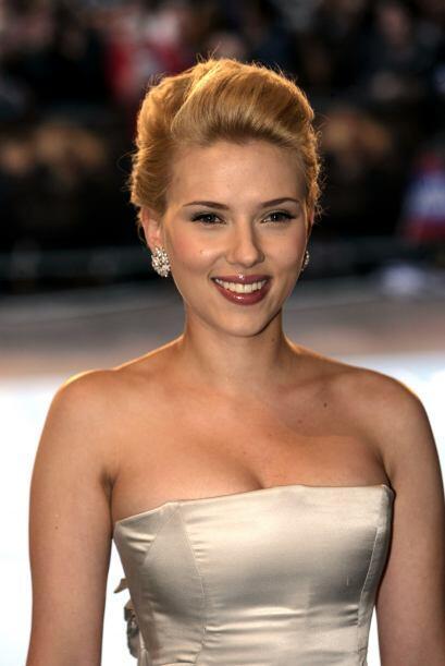Scarlett podría ignorar que cuando ella tenía un año de edad, Sean Penn...