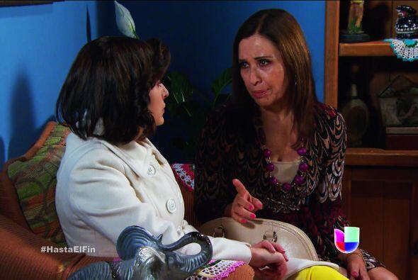Bueno, como te dijo doña Lupita, Salvador no ha podiido olvidar a Sofía.