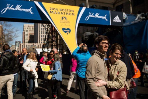 Mientras que este 2014 se registraron 36,000 corredores.