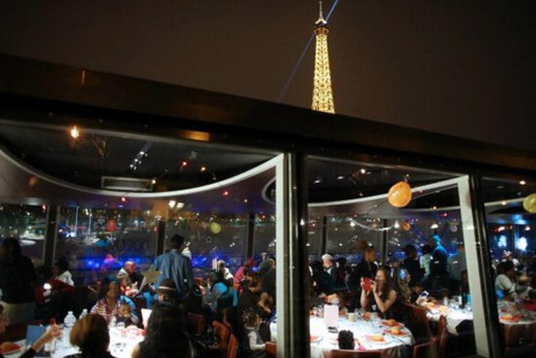 El evento fue planeado por la organización caritativa francesa Secours C...
