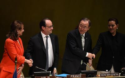 Segolene Royal, ministra de ecología de Francia; el presidente fr...