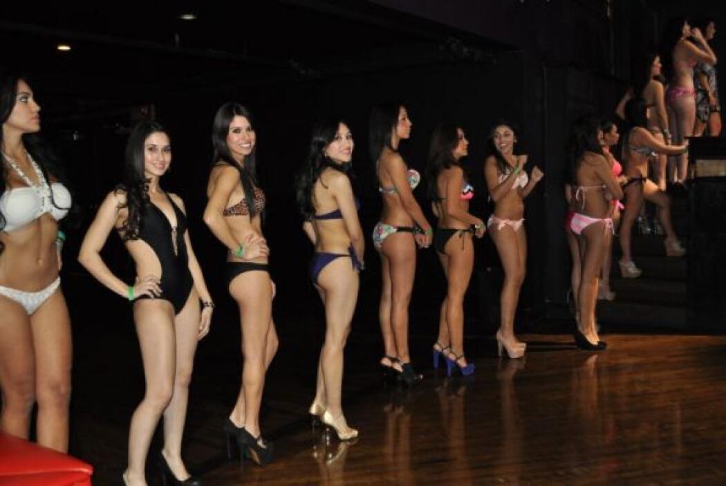 Adios al frío dijeron las chicas de Chicago para modelar en bikini y con...