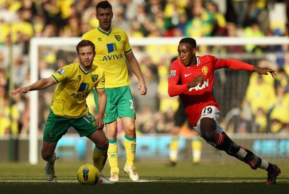 Con la ventaja en el marcador, el United cedió parte de la posesi...