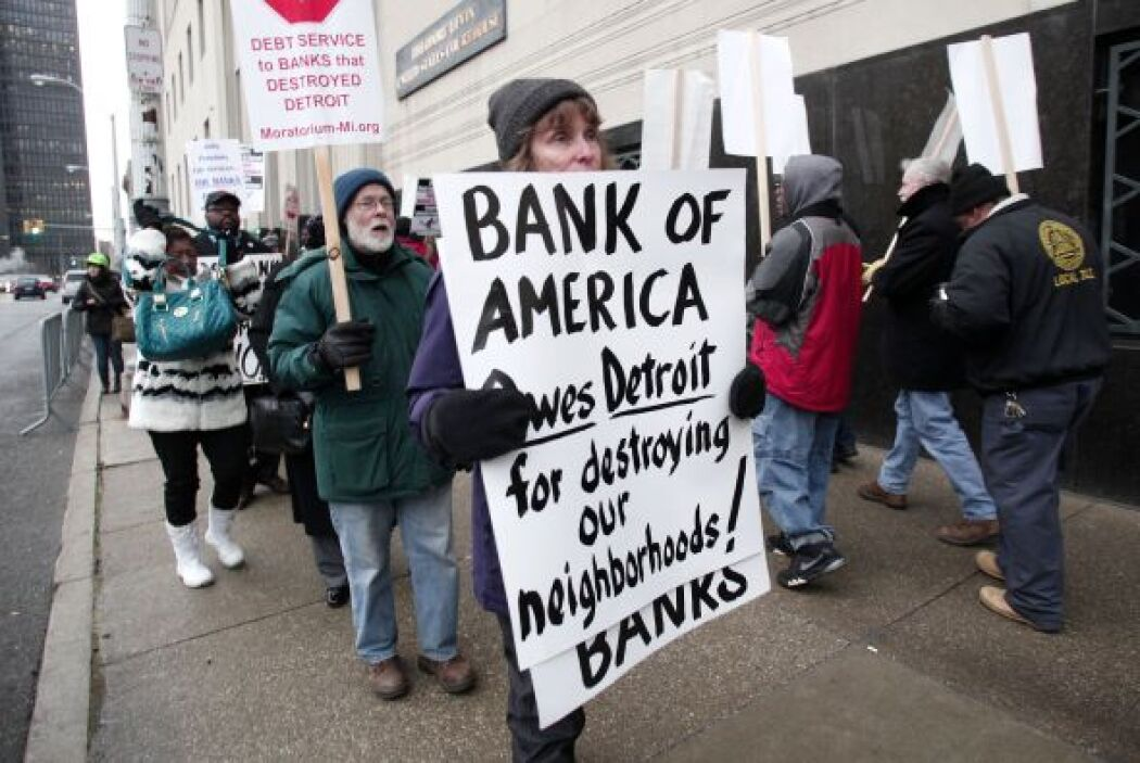Aunque Rhodes dictaminó que las pensiones pueden reducirse en una bancar...