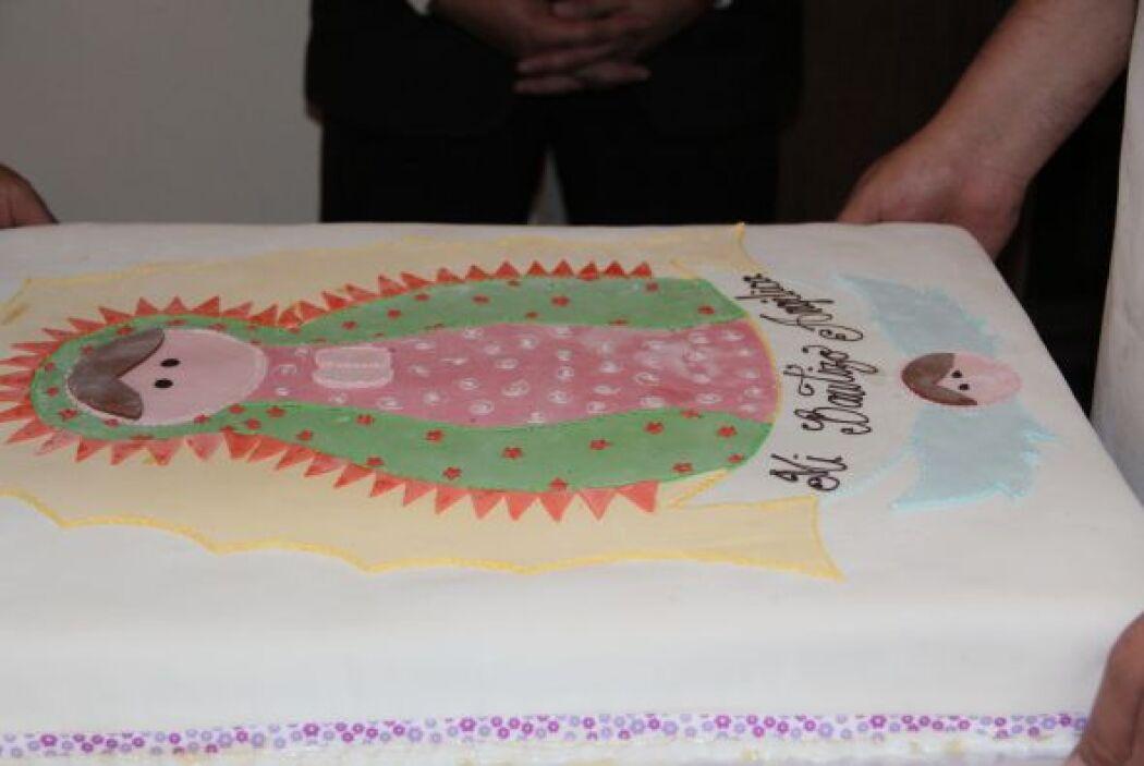 El pastel tenía la imagen de la Vírgen de Guadalupe. ¡Qué rico se veía!