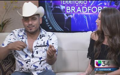 Espinoza Paz al ritmo de mariachi