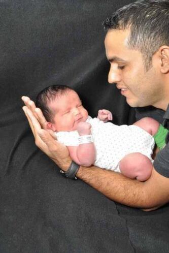 """""""Mi mejor regalo de San Valentín: mi esposo y mi bebé Alejandro a sus 3..."""