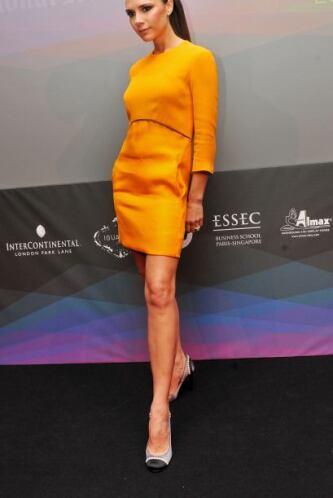 """Todos necesitamos el sello """"Victoria Beckham"""" para parecer su vivo retra..."""