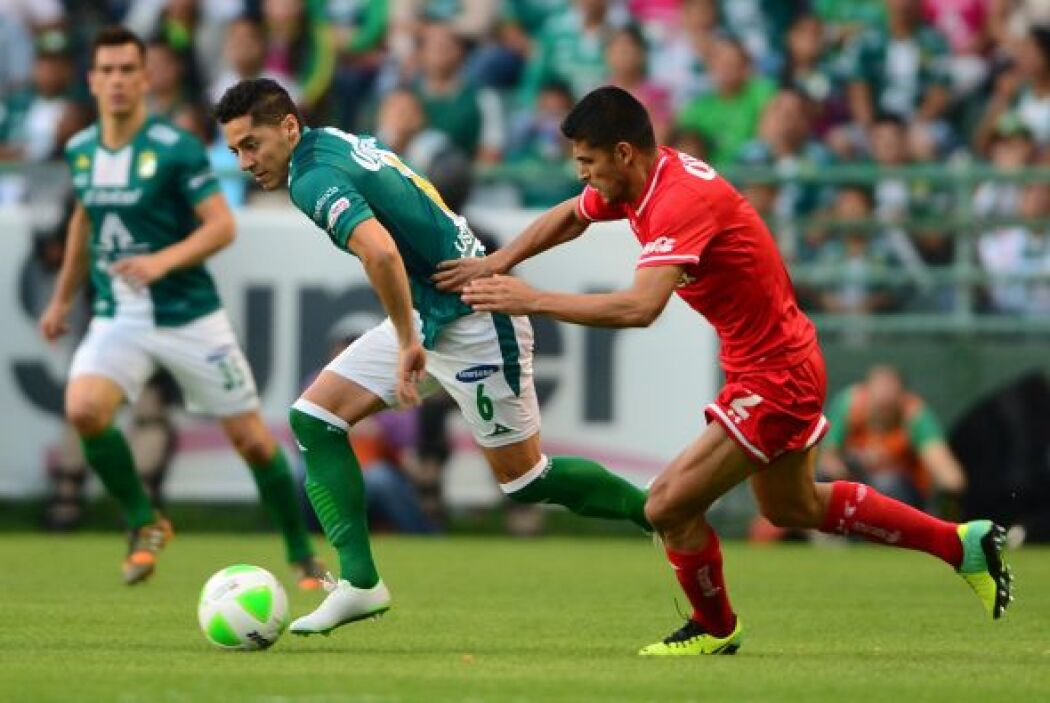 Francisco Gamboa (4): La jugada de gol de León se generó cuando Gamboa d...