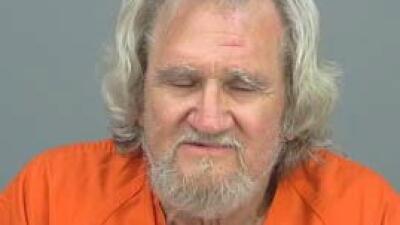 Hombre de 71 años amenazante con machete Detenido%20por%20asalto%20agrav...