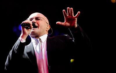 LONDON, ENGLAND - NOVEMBER 17: ***EXCLUSIVE*** Musician Phil Collins per...