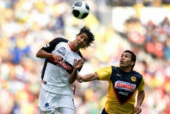 Hugo Ayala, en sus inicios con el Atlas el defensor fue figura a nivel j...