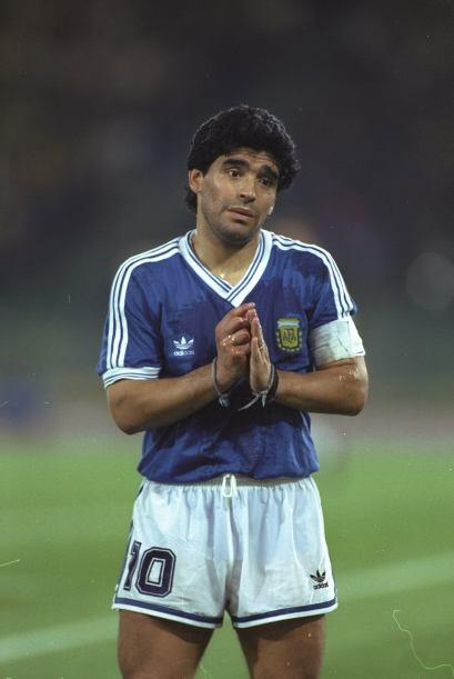 Diego Maradona pidió perdón al errar en la tanda de penales en el Mundia...