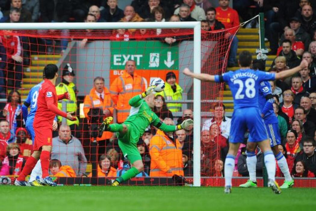 El primer gol del juego llegaba al minuto 26 del primer tiempo.