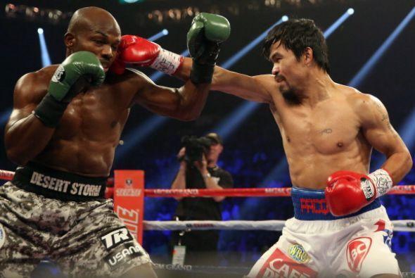 La velocidad de Manny Pacquiao fue mucho para un Bradley desconocido que...