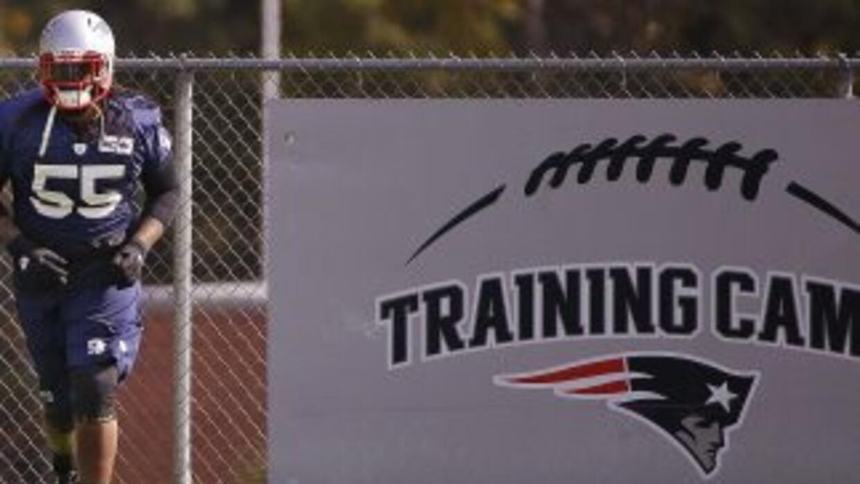 Brandon Spikes firmó con los Bills (AP-NFL).