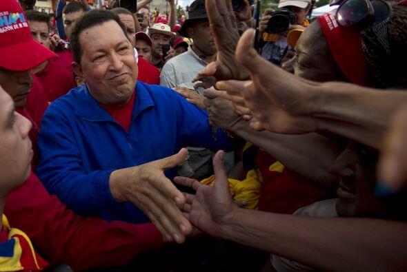 El venezolano Hugo Chávez, que aspira a una cuarta victoria seguida en l...