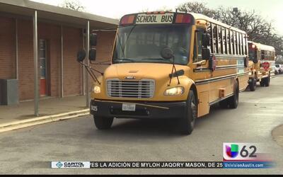 ¿Cómo funcionan las cámaras de los autobuses escolares?