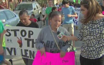 Manifestantes se toman las calles del barrio Hermosa para decirle '¡ya b...