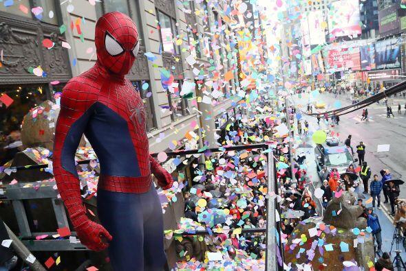 Un nuevo escándalo sacude a los entrañables personajes de Times Square....