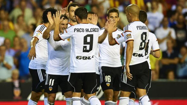 Pablo Alcacer hizo uno de los goles en la goleada sobre el Espanyol.