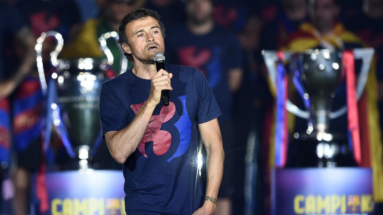 El estratega español renovó su contrato con el Barcelona por un año más.