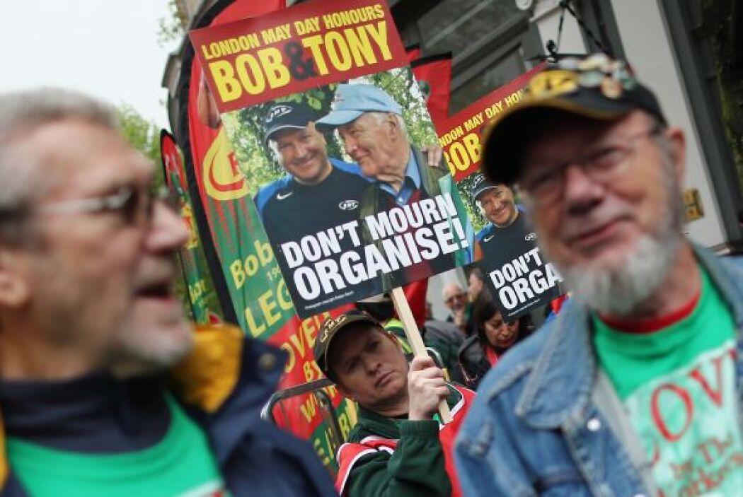 También recordaron al activista polìtico Tony Benn.
