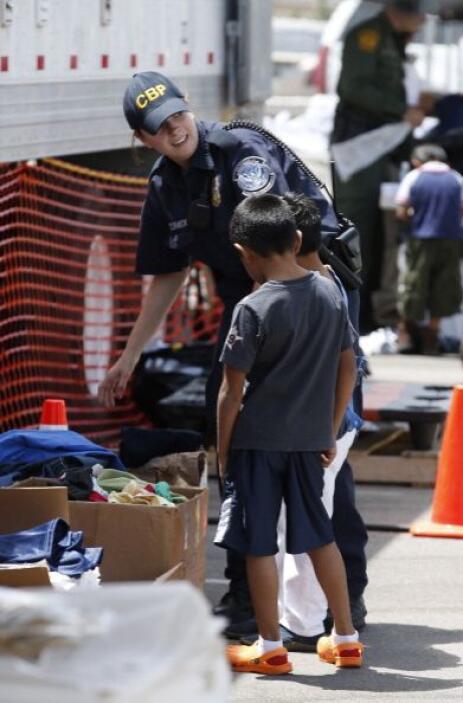 Ambas sedes diplomáticas centroamericanas en Los Ángeles hacen eco de la...