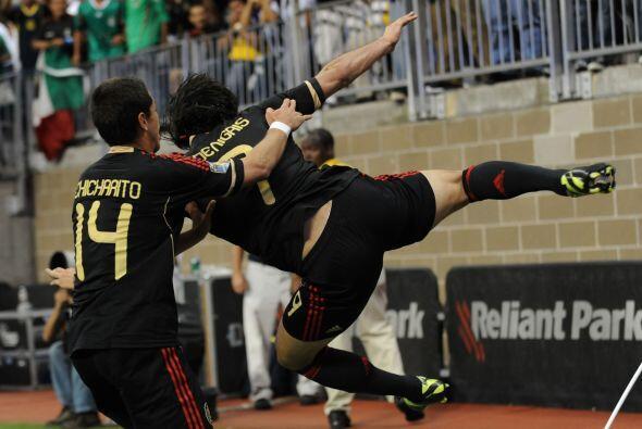Con su golazo, Aldo De Nigris logó abrir a una defensa muy fuerte como l...