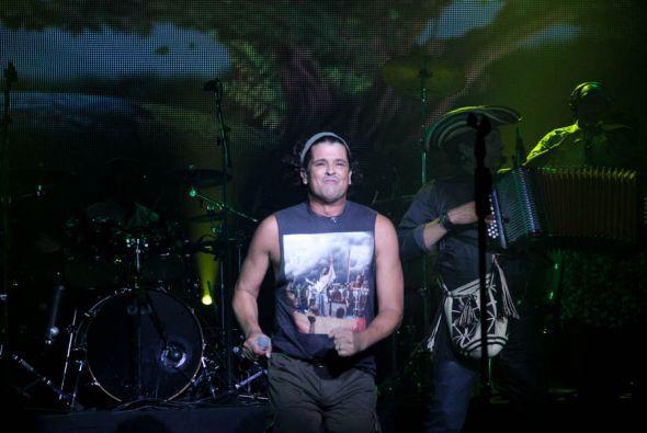 Carlos Vives pone a bailar a Miami con el ritmo del vallenato!
