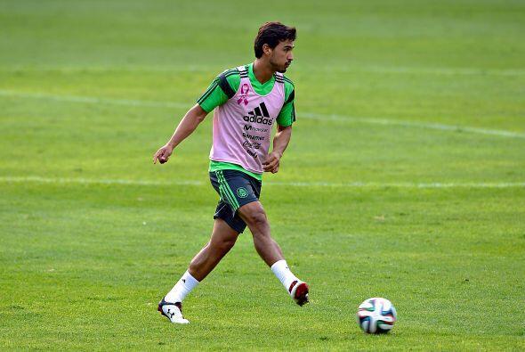 Osvaldo Alanís, el defensor de Santos se ha adueñado de la...