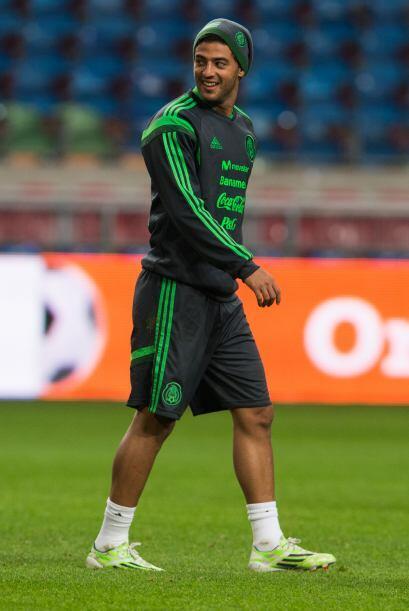 Ahora le toca al futbolista mexicano volver a ganarse el cariño de los a...