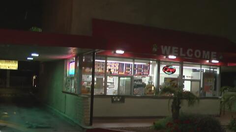 Hombres armados y encapuchados robaron un restaurante mexicano en el áre...