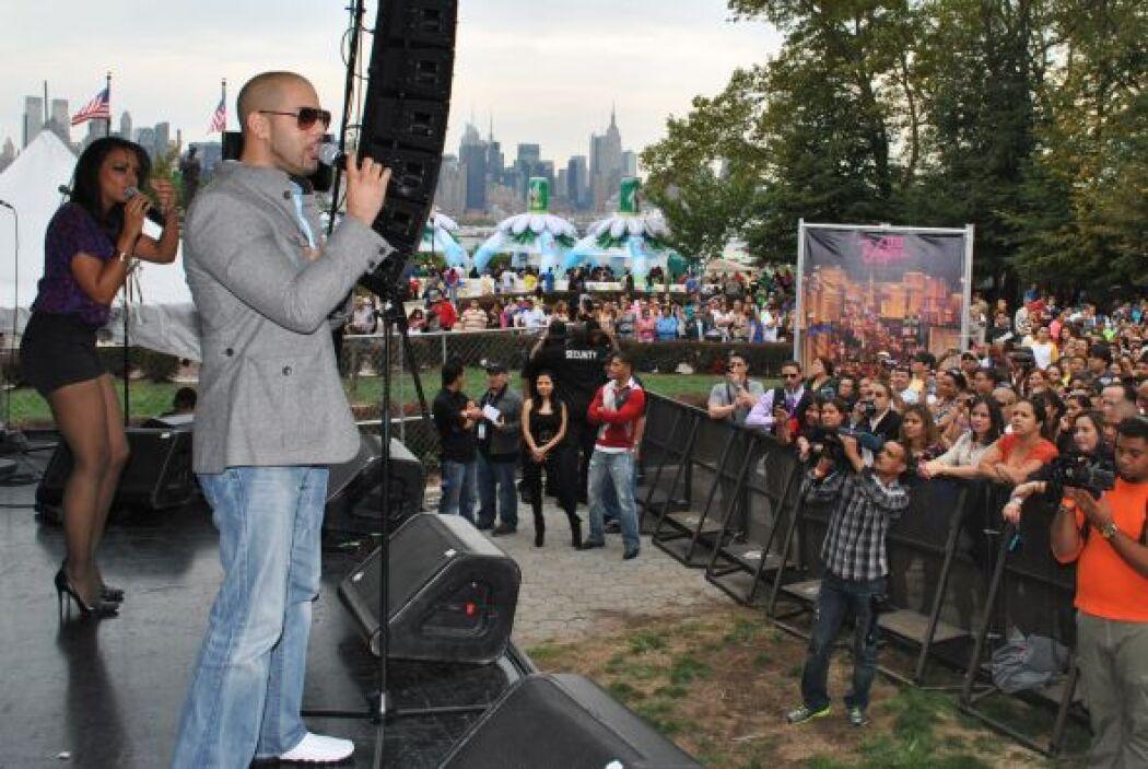 """El """"Street Party"""" tomó lugar en el parque de Boulevard East en la ciudad..."""