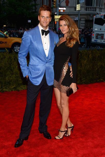 Tom Brady Y claro, es el esposo de Gisele Bündchen. Más videos de Chisme...
