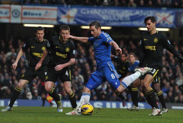 Lampard trajo la calma de nuevo con este gol.