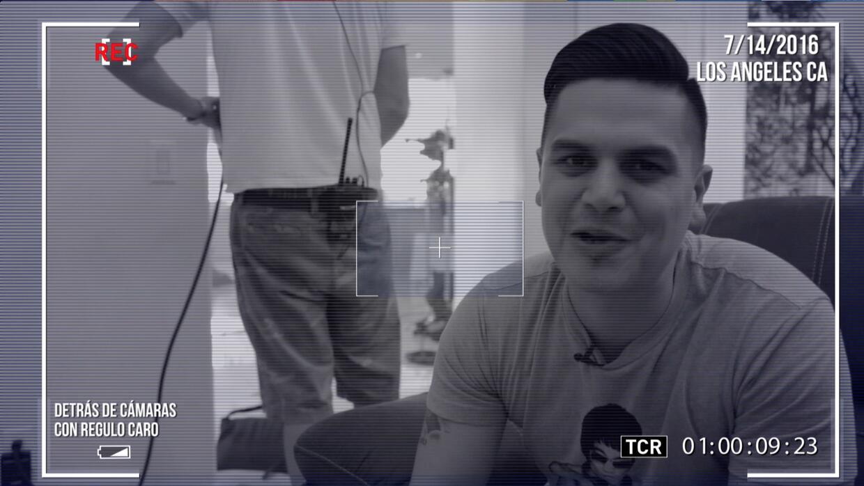 Behind the scenes con Régulo Caro en el rodaje de su vídeo 'En estos días'