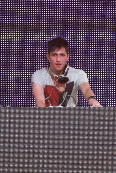 7.- Porter Robinson en un DJ, que poco a poco se está abriendo paso en l...