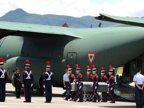 Honduras recibió con dolor los cadáveres de 16 hondure&nti...