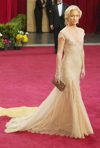 En 2003, Kate Hudson sorprendió en la gala de los Oscar con estos encaje...