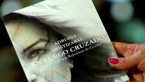 'En fuego cruzado': el libro de las memoria de una reportera de guerra e...
