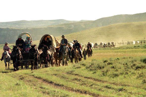 Los seguidores de Smith, llamados mormones, se fueron mudando hacia el o...