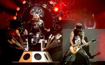 INDIO, CA - APRIL 16: Musician Axl Rose and Slash of Guns N' Roses perfo...