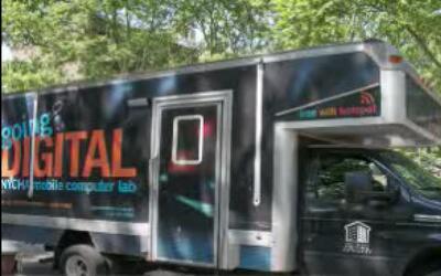 Comenzaron a rodar las Vans Digitales Nycha para llevar internet a las c...