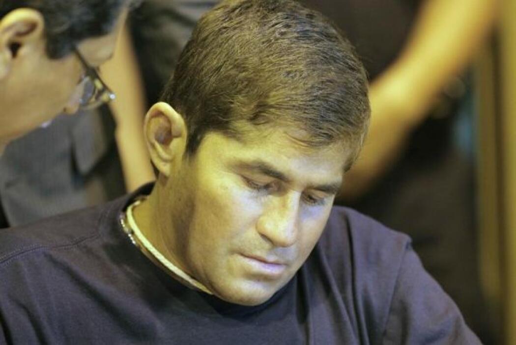 El náufrago salvadoreño José Salvador Alvarenga retornó la noche de este...