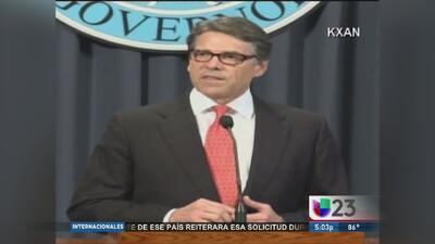 Rick Perry luchará contra los cargos criminales