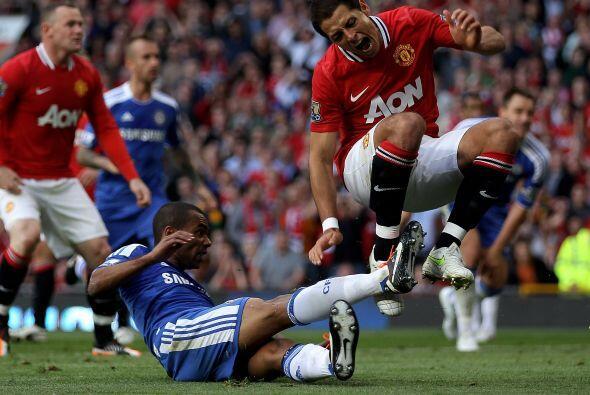En el duelo entre el 'Man-U' y Chelsea, Javier intentó penetrar e...
