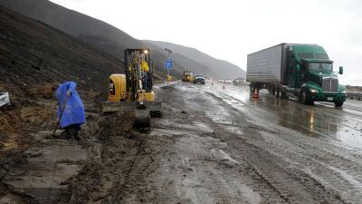 Desastres causados por la tormenta en las vías de California