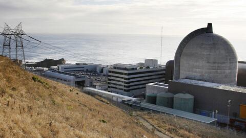 En esta imagen del 3 de noviembre de 2008, se ven los reactores nucleare...