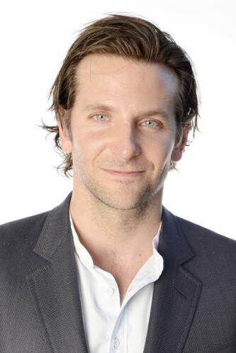 Relamido, o con cabellito largo, con barba o sin ella, Bradley se ha con...